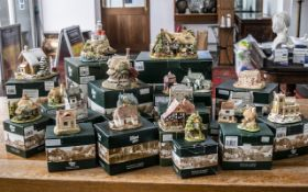 Collection of Lilliput Lane Cottages, all in original boxes,