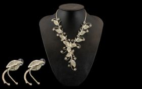 Lovely Statement Necklace & Earrings. Qu