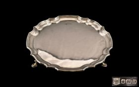 Elizabeth II - Superb Quality Sterling Silver Circular Footed Salver / Tray of Small Proportions.