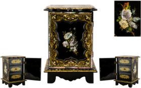 Mid Victorian Period Jennens and Bettridge Superb Paper Mache Small Jewellery Chest of Small