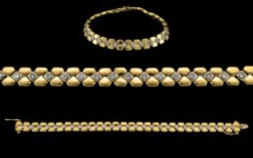 18ct Gold - Attractive and Heavy Diamond