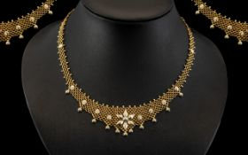 Antique Period Ladies - Superb 18ct Gold Intricate Worked Lacework Necklace of Exquisite Form /