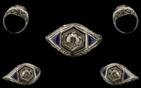 Art Deco Period - Attractive and Nice Quality 18ct White Gold - Exquisite Diamond and Sapphire Set