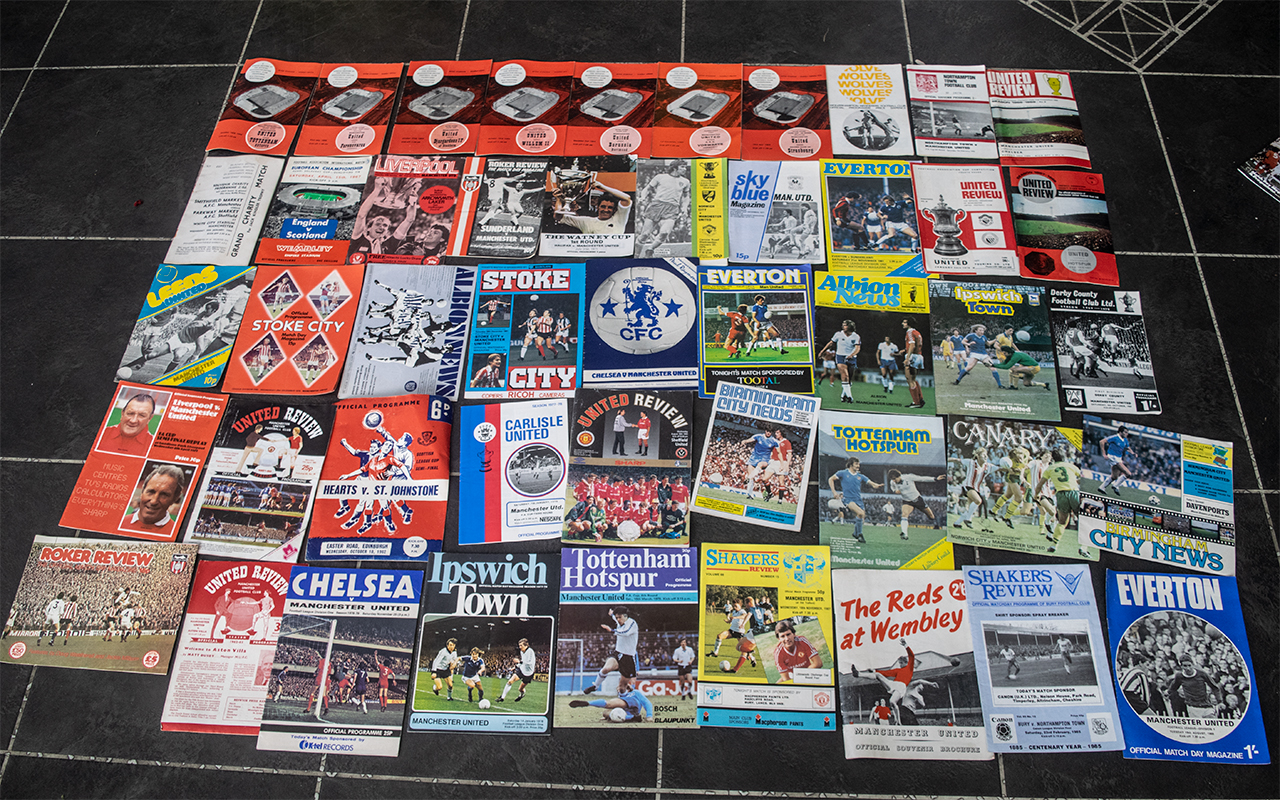 Manchester United Interest - Collection - Image 2 of 9