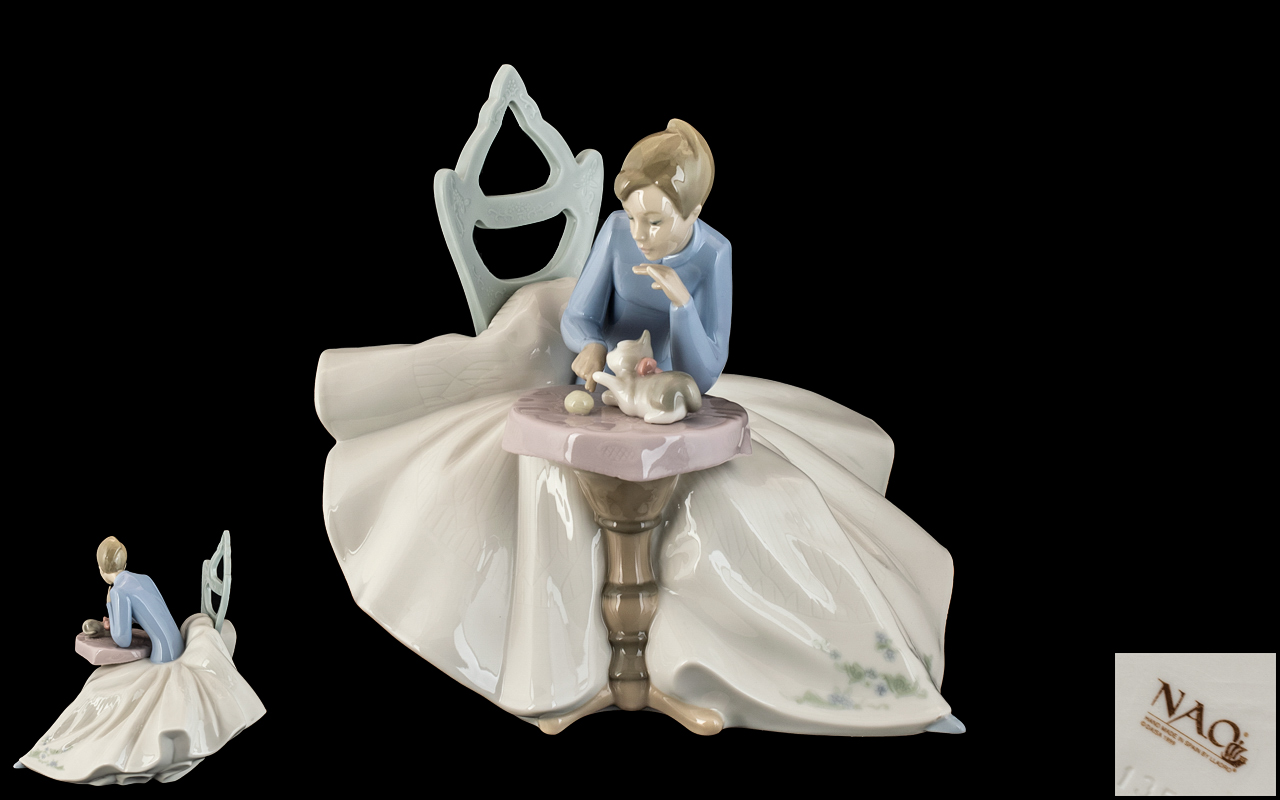 Nao by Lladro Large and Impressive Hand Painted Figurine ' Girl Playing with Kitty ' Model No 1355.