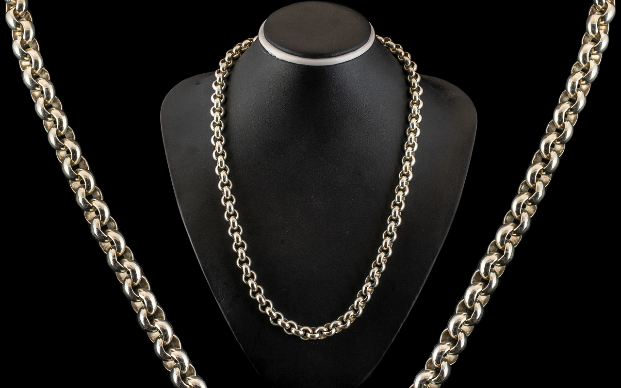 A Superior Quality Well Made and Impressive Sterling Silver Heavy Belcher Design Chain / Necklace.