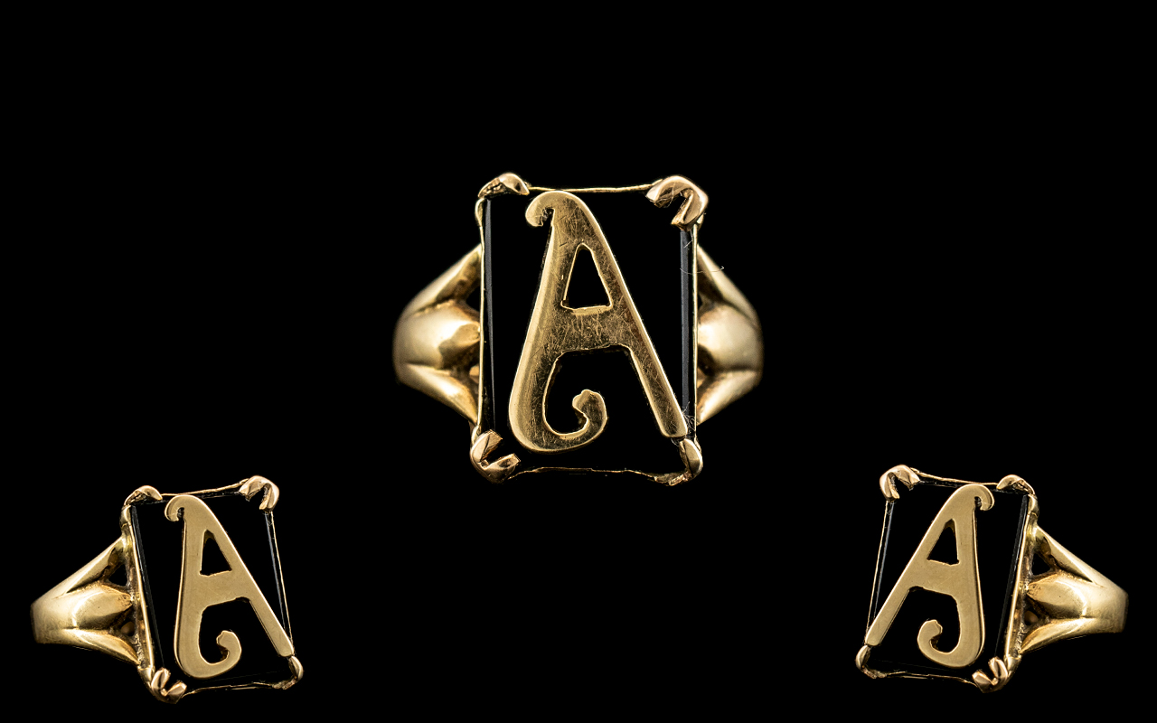 9ct Gold - Gents or Ladies Signet Ring with the Letter A, Fancy Setting.