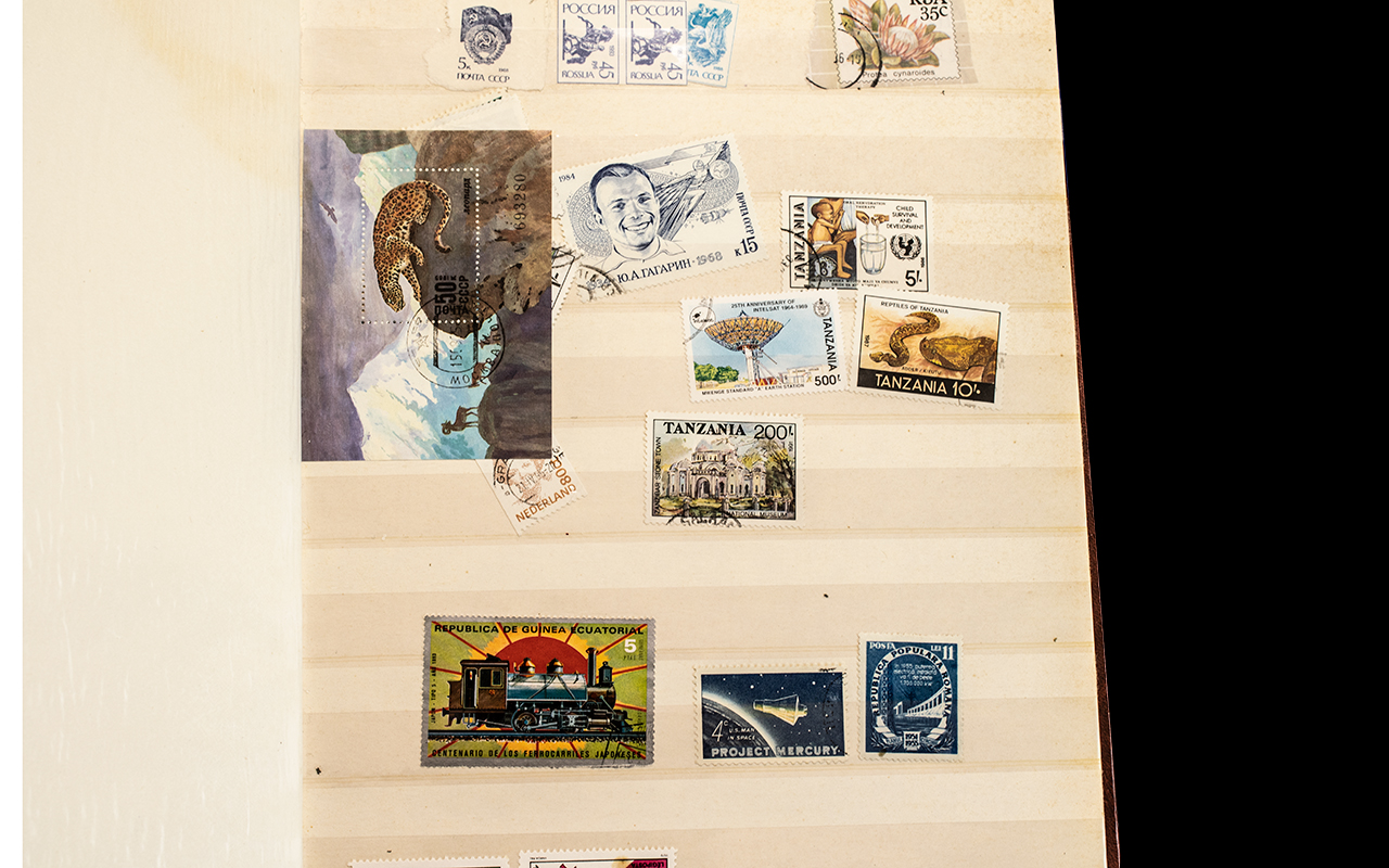 A Collection of Assorted Stamp Albums. - Image 4 of 5