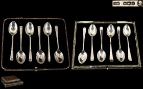 A Boxed Set of Coronation Queen Elizabeth II Sterling Silver Teaspoons ( 6 ) In Total.