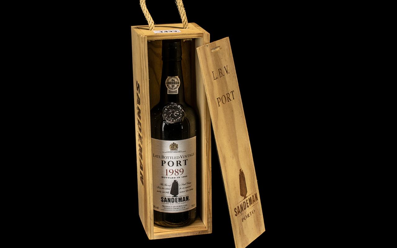 Sandeman Vintage Port 1989, bottled in 1995,