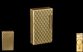 S.J.Dupont - Paris - Deluxe 1960's Gold Plated Lighter with 20 Microns of Gold Plate. No R5KF95.