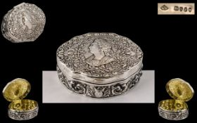French Late 19th Century Superb Quality Silver Hinged Lidded Box with Portrait of French King Louis