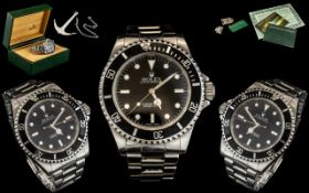 Rolex - Oyster Perpetual Submariner - Iconic Gentleman's Stainless Steel Wrist Watch.