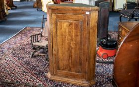 19th Century Oak Corner Cupboard, with panelled door. The interior with three fixed shelves.