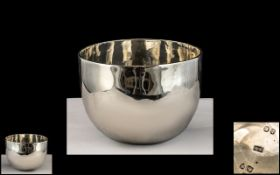 Victorian Period - Excellent Quality One Piece Sterling Silver Stirrup Cup In the Form of An Irish