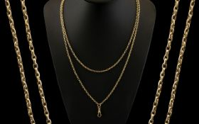 Victorian Period 1837 - 1900 Excellent Quality 9ct Gold Muff Chain, Stamped 9ct Gold.