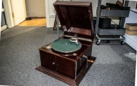 Mahogany Boxed Cased 1920's Hand Cranked