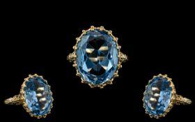 9ct Gold - Impressive and Pleasing Single Stone Aquamarine Set Ring - Gallery Setting, Ornate.