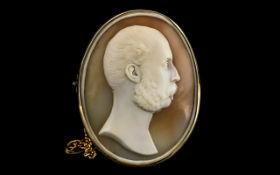 An Extremely Fine - Georgian Period Antique Carved Cameo Depicting a Portrait Bust of a Noble