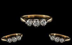 18ct Gold - Attractive 3 Stone Diamond S