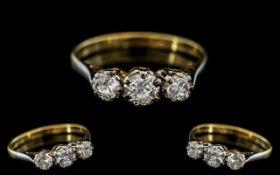 18ct Gold - Attractive 3 Stone Diamond R