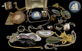 Excellent Collection of Vintage Stone Set Jewellery, comprises silver stone set ring,
