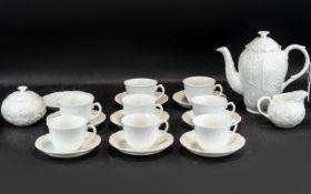 Coalport Countryware White Tea Service, comprising a tea pot, lidded sugar bowl, milk jug,