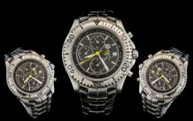 Fashion Watch, (Chronograph, 200 metres tested),