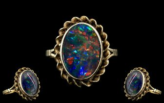 Ladies - Attractive 9ct Gold Single Stone Opal Set Ring, Excellent Setting. Fully Hallmarked for 9.