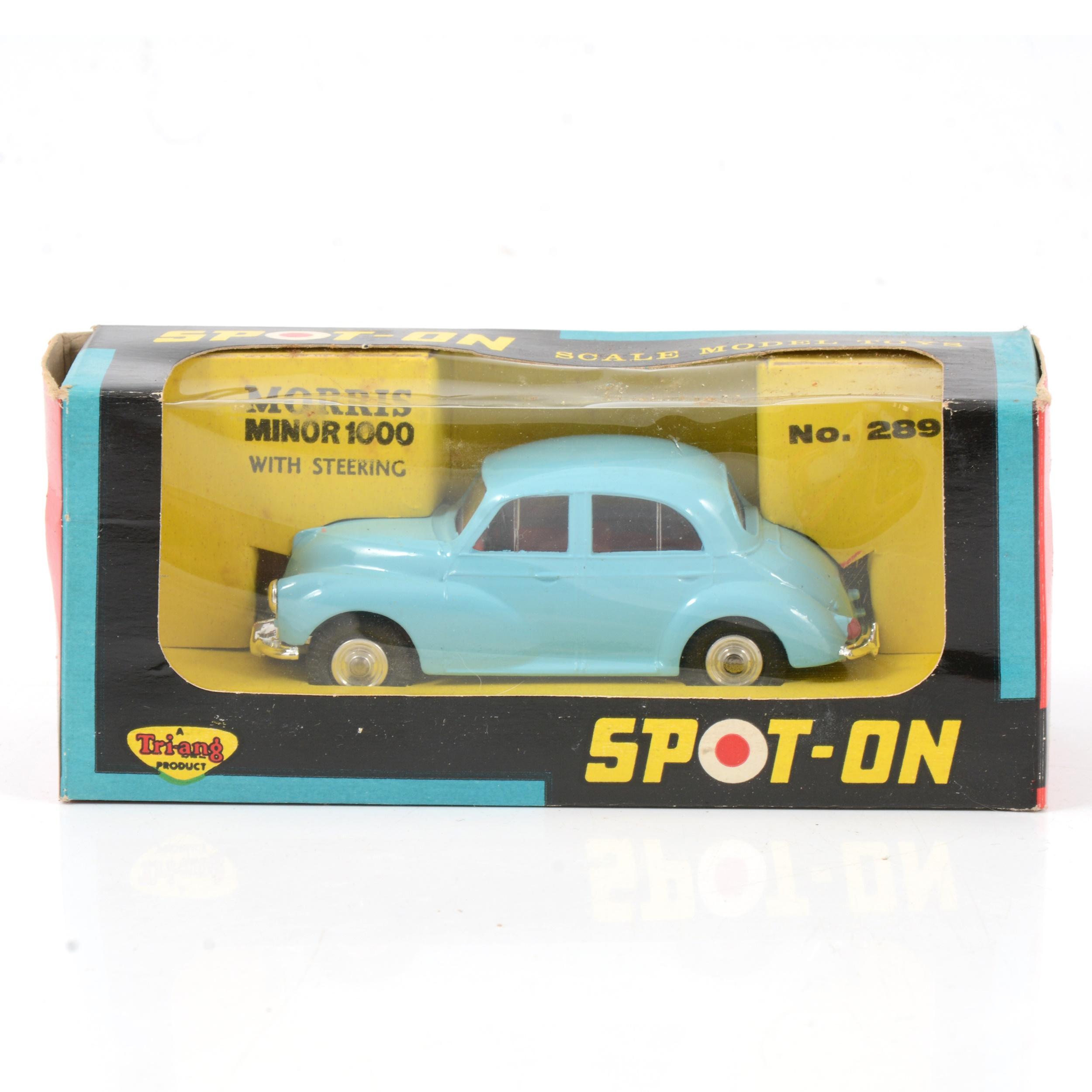 Tri-ang Spot-on die-cast model 289 Morris Minor 1000.