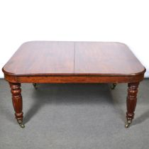 Victorian mahogany pullout dining table