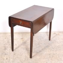 Victorian mahogany Pembroke table,
