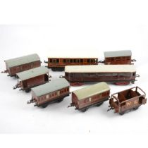O gauge model railway; eight passenger coaches and vans, including Bing