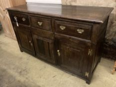 An 18th century oak low dresser, width 155cm, depth 56cm, height 90cm