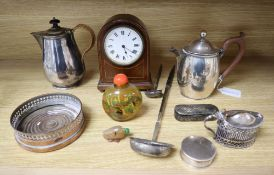 A quantity of mixed collectables including plated wares, minor silver, snuff bottles etc.