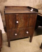 A George III mahogany wash stand, width 56cm, depth 43cm, height 78cm