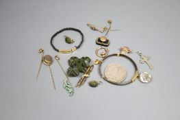 A group of assorted antique jewellery etc., to include: - an 18ct gold and platinum ring set tiny