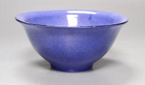 A Jane Cox Studio pottery bowl, diameter 14.5cm