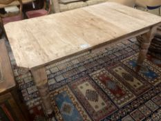 A late Victorian pine extending dining table, 147cm (extended one spare leaf), width 87cm height