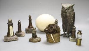 Mixed collectables including five Serpentine lighthouses, pewter owl, cold painted model of an