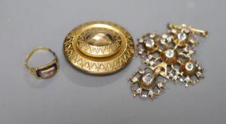A Georgian yellow metal, enamel and moonstone set mourning ring (solder repair and shank broken)