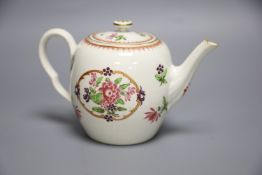 An 18th century Worcester fine teapot and cover of Companie des Indes type painted with Chinese