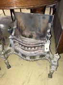 An Adam revival brass and cast iron fire grate, length 54cm, depth 30cm, height 54cm