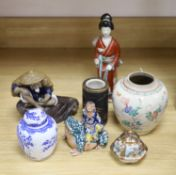 A quantity of Chinese and Japanese items