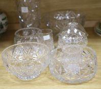 A small quantity of glassware