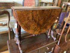 A Victorian figured walnut Sutherland table, width 90cm, depth 40cm, height 71cm