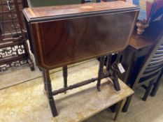 An Edwardian inlaid mahogany Sutherland table, width 60cm, depth 16cm, height 61cm