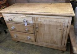 A Victorian pine low dresser, width 120cm, depth 50cm, height 84cm
