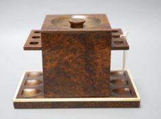 A Burr Briar tobacco pot / pipe rack, length 25cm