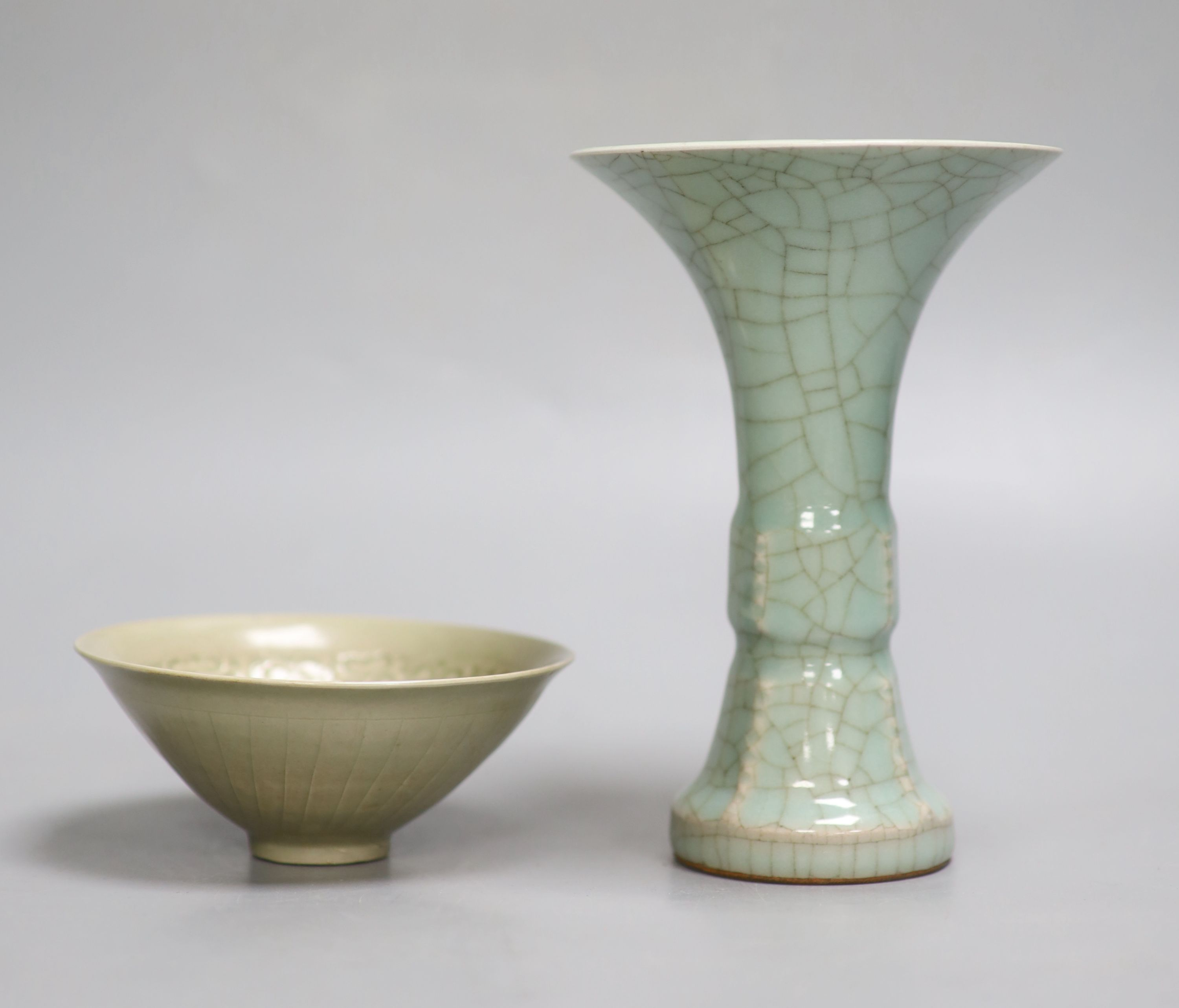 A Chinese crackleglaze beaker vase, height 17cm. and a celadon bowlCONDITION: Both good